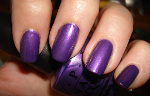 Pretty Purple Nail Polish | Easy Fashion Style Trend |